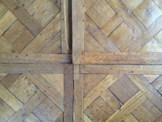 Natural parquet flooring panels
