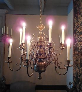 Louis XIII cast bronze Chandelier circa