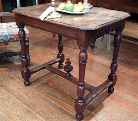 Louis XIV oak Small Table circa 1720