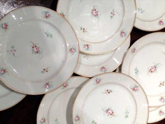 Fleur Jette Dessert Plates in old Paris porcelain circa