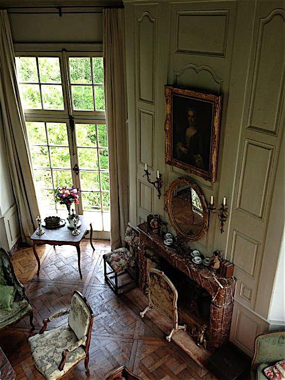 Tower, by Au Vieux Paris Antiques