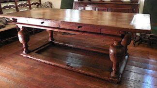 Henri IV oak Rare Table circa 1615