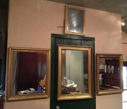 mirrors-28 in  circa