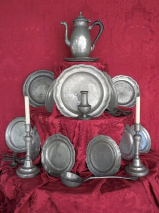 Pewter Items in pewter circa