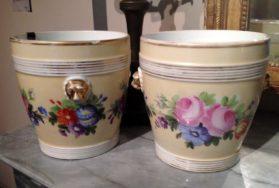 Pair of Old Paris Cacher Pots in old Paris porcelain circa
