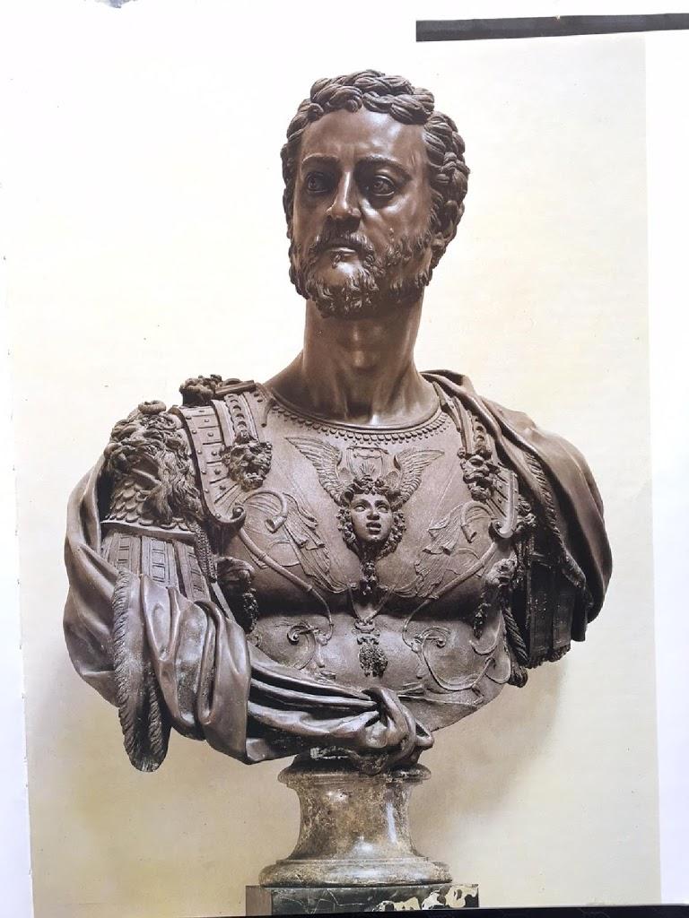 Bronze bust of Cosme lère de Médicis, 1548 by Cellini